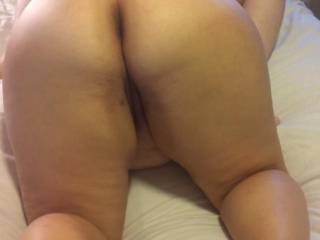 Friends ass while she is eating my wife\'s pussy
