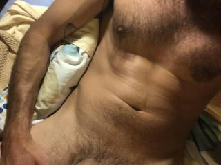 Who wants to see me wank my big cock and cum all over myself?