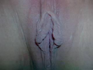 I'd love to lick, sucks and manipulate that sweet pussy, how wet and swollen could it get ;)