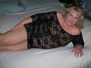 Anyone want to help me fuck Mrs Daytonohfun in a threesome?  Doesn\'s she look fuckable?