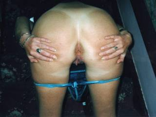 Mm, I'd fucking love to slide my hard cock up your sexy arse!