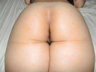 What do ya think about my ass and curvy booty? Just tell me your hot feelings