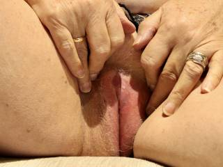 Wife rubbing one out