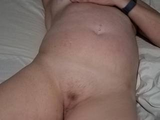 I looooove kissing and licking her delicious pussy while rubbing and playing with her beautiful belly!!!!