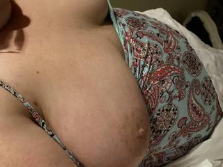 Sexy Sarah letting her big tits hang out!