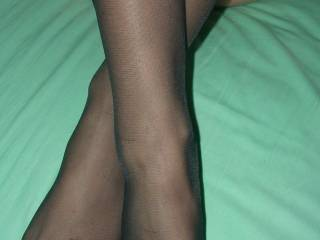 What great legs she has, I'd love to rub my cock all over them.