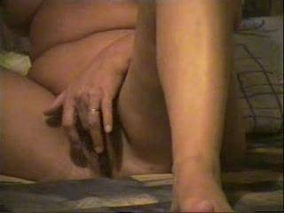 mmmmmmmmmm I'd love to suck on your clit!  So damn sexy how you love showing off for the camera!