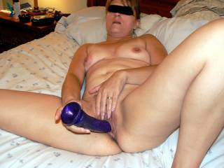 mmmm, you look exxxtremely hot fucking yourself with that dildo! ...i'd love to be there to watch, and tease my hard cock over your nipples and lips while you play  >:)