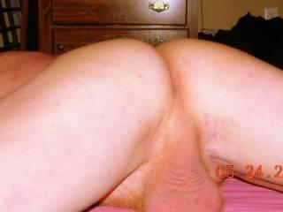 mmmmmmmmmmmmmmmmmmmmmmmmmm love to shove my toung DEEP into your sweet ass