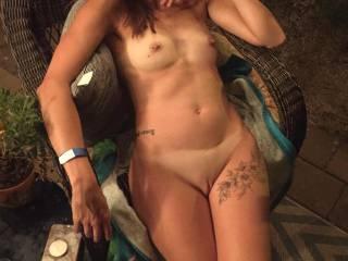 Wifey outside nude