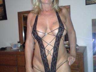 Very exciting pic! You've already got a beautiful body, so with this sexy outfit, you're stunning!
