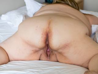Mmm your in the right position for me to lick both your sexy ass and pussy.