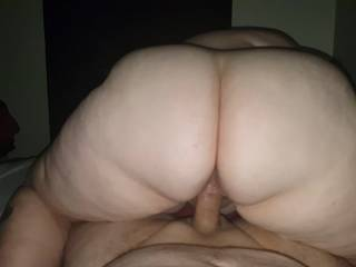 my sexy woman riding my cock hard an makin her ass clap