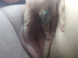 Wamt to play with my pussy?