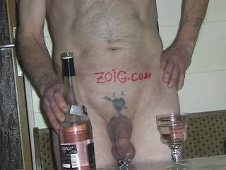 Fantastic cock with a great looking foreskin!