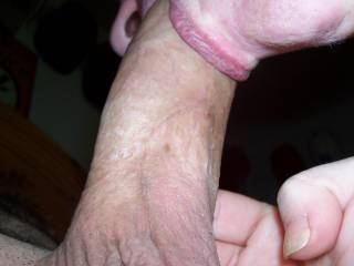 i would love to feel your hot lips on my cock