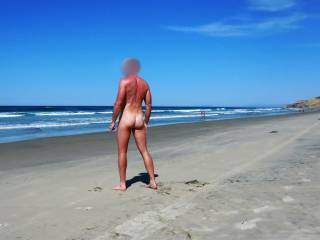 Visited Blacks Beach! I met nice guy who took some pictures for me, most of them were very blurry, but I\'m posting the best of them here.  Have you been to a nude beach or would you go nude on a beach?