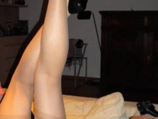 wow! I'm completely in lust with those gorgeous legs in sheer stockings and sexy black heels!!!