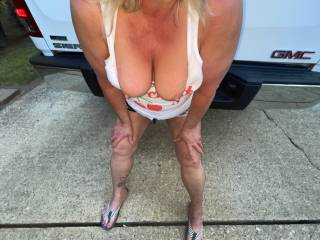 wife`s big tits outdoors