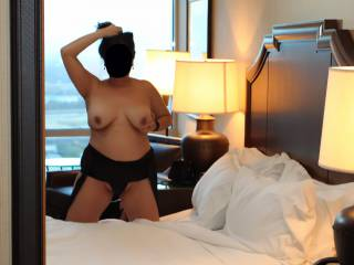 Erotic nude photography fun with a big mirror in a high rise hotel room!