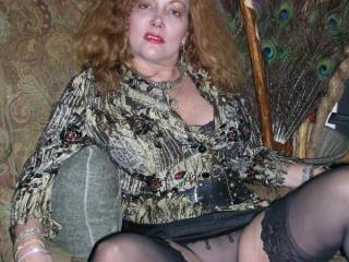 """Mature hotwife available for men with cocks over 10""""."""