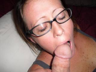 love sexy glasses, would love to see cum dripping off em