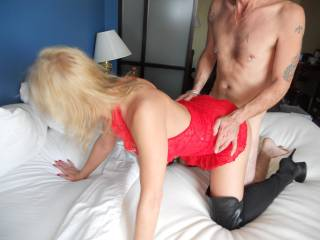 My buddy loved the thi-hi boots.  Nothing like a woman displaying that sexy, rock\'n\'roll chick - stripper - look.  When a wife fucks hubby and his buddy, a wild look is perfect.