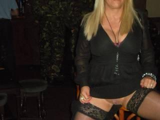 soooo fuckin sexy - damn she's a hottie - would LOVE to fuck her!