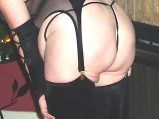 mmmmmmmm nice thong on your hot ass