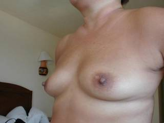 I'd love to lick and suck on those fantastic nipples!
