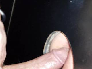 I love to fuck other\'s anon wife through gloryhole!!!!! Who wants my dick?