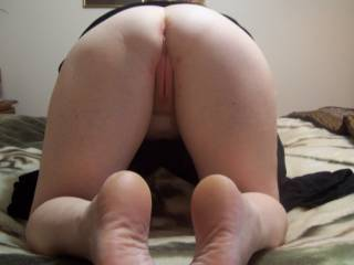 Mmmmm your tight pink looking pussy i wanna penetrate....& then spunk all over your sexi soles of your feet babe :-) XX
