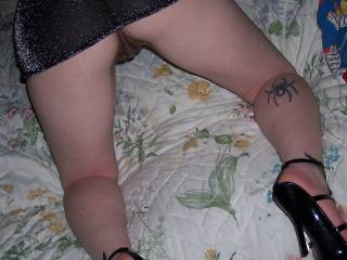 OMG!! Would LOVE to play with those sweet thighs, great ass and HOT pussy!!