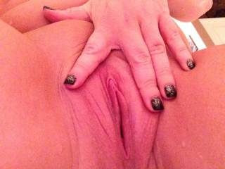 Would love to take your clit in my mouth and make you cum over and over
