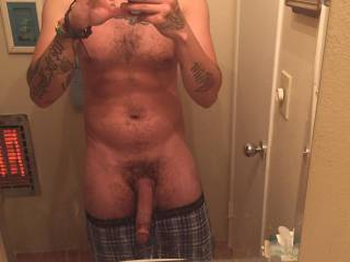 ladies leave a comment about what you would do with my cock I love to be fucking dirty and send live video