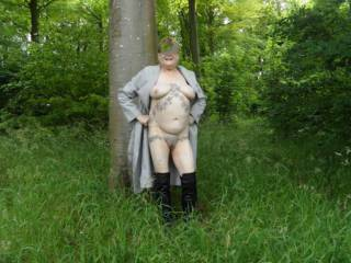 Hi all just doing a little tree hugging, I think all woodlands should be kept so we can put them to good use. dirty comments welcome mature couple