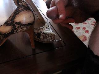 """Cum shooting out of my cock on the toes of my 5"""" heels"""