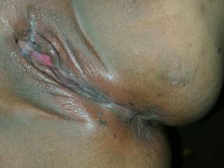 I just got done shaving my pussy in the shower...shaving ALWAYS gets me so wet...who wants to dry me off with their tongue?