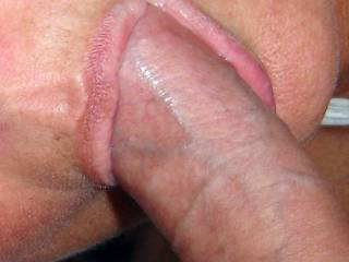 Beautiful lips and very sexy but extra marks for that great looking cock!! Fantatsic pic, awesome couple xxx