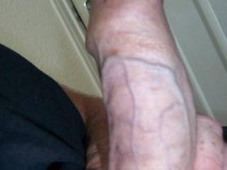 any ladies want to show my cock some TLC ? xxxx