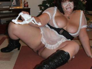 You are one fine sexy thick BBW lady I would love to do some HD videos and photos with you sexy lady Mmmmmmm Dam look at your sweet hot wet tight wet pussy in that outfit mmmmmmm