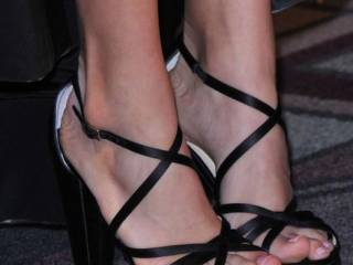 You look like you need my hot cum on those sexy feet sweetie...