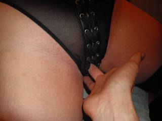 a closer look at what hubby was doing under the table when in zoig chat ....slipping his fingers inside my wet pussy - who wants to taste his wet fingers?