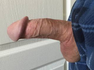 i would love to suck your stiff cock nice and slow mmm