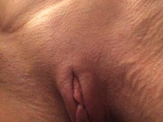 Peek a boo!! In need of some well hung men in the Midwest!!!