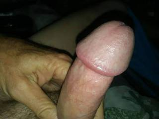 I'm crazy about eating pussy especially if the woman is shaved completely bald or neatly trimmed and if she really enjoys having her pussy eaten. What do you think about this hard cock?