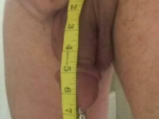 Measuring my soft dick