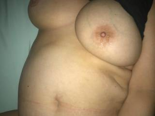 she\'s working that pussy wanting more cock..anyone wanna cum fuck my wife...