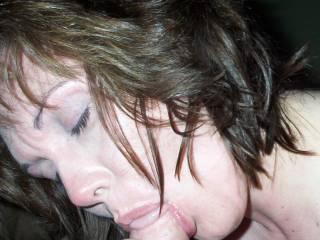 brunette milf sucking cock