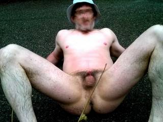 Want a hung guy to spunk on my tiny cock!